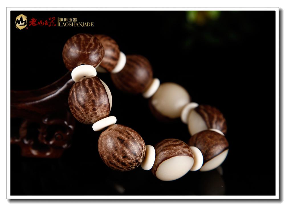 天然原籽手磨去皮菩提根佛珠手链(半面去皮),菩提根不是树