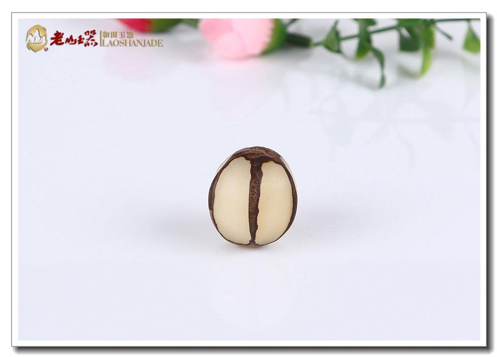 老山精品天然原籽菩提根挂件,菩提根,不是树根而是一种叫做